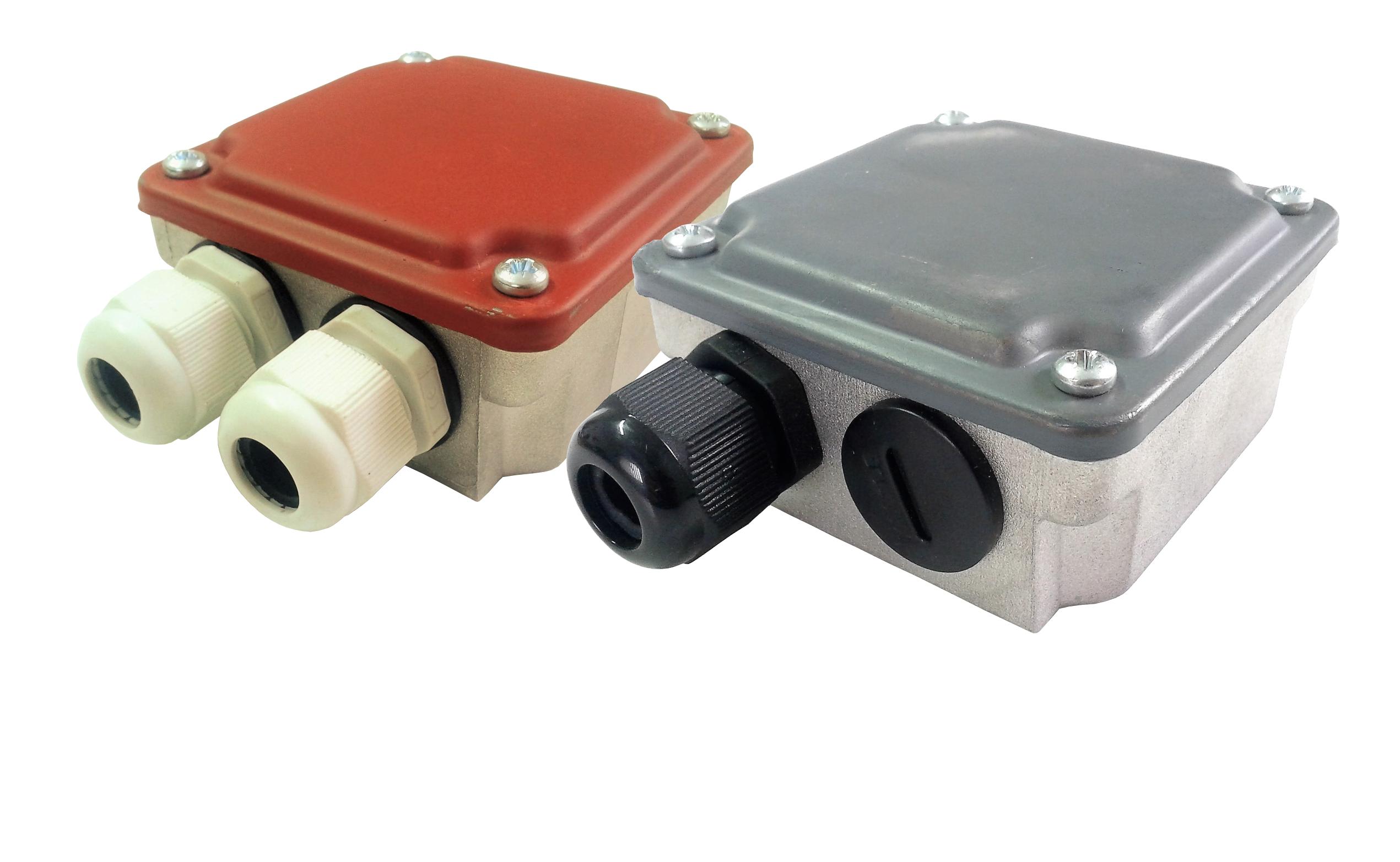 Różne rodzaje i wymiary skrzynek silnikowych, przyłączeniowa skrzynka silnikowa, puszka elektryczna do silnika elektrycznego.